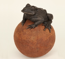 Toad on Sphere Water Feature