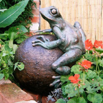 Frog on Sphere Water Feature